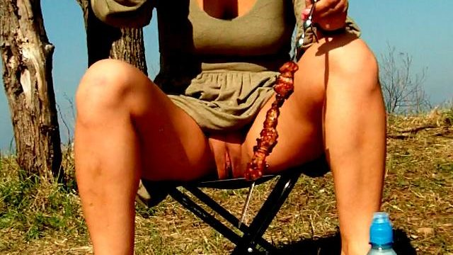 Attractive Brunette Novice Spouse Dasha Flashing Purple Granny's Celler Upskirt And Consuming Beer At A Picnic