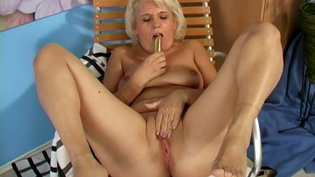 Lustful Blonde Grandmother Leona Fucking A Dildo Laborious