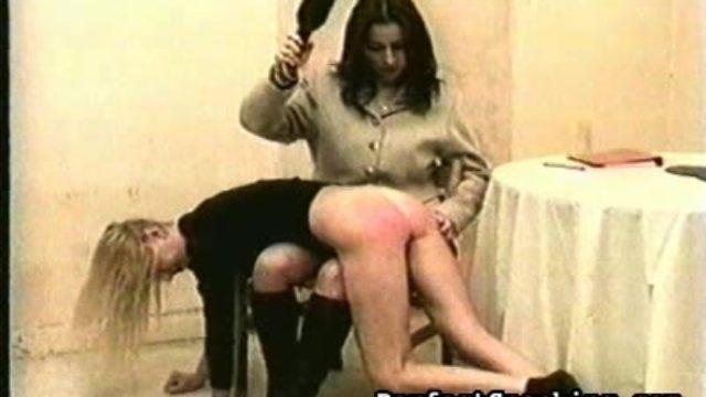 Lady On Lady Extraordinary Slapping Gig