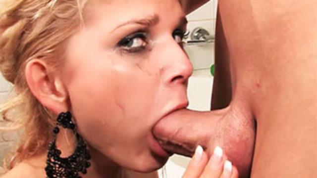 Mouth Screwed Teenage