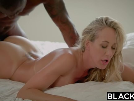 Blacked Brandi Enjoy´s First-ever Fat Dark-hued Trunk