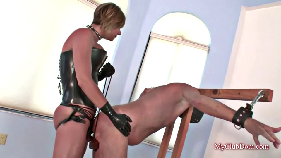 Trussed Nuts Will Get His Bootie Predominated