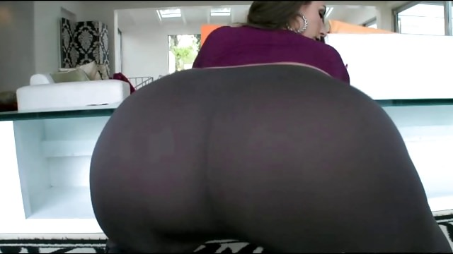 Super-sexy Large Donk Milky Chick In Taut Trousers Fuckin' Bbc!!!
