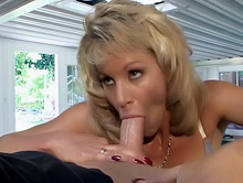 Blondie Cutie Will Get Sloppy Facial Cumshot
