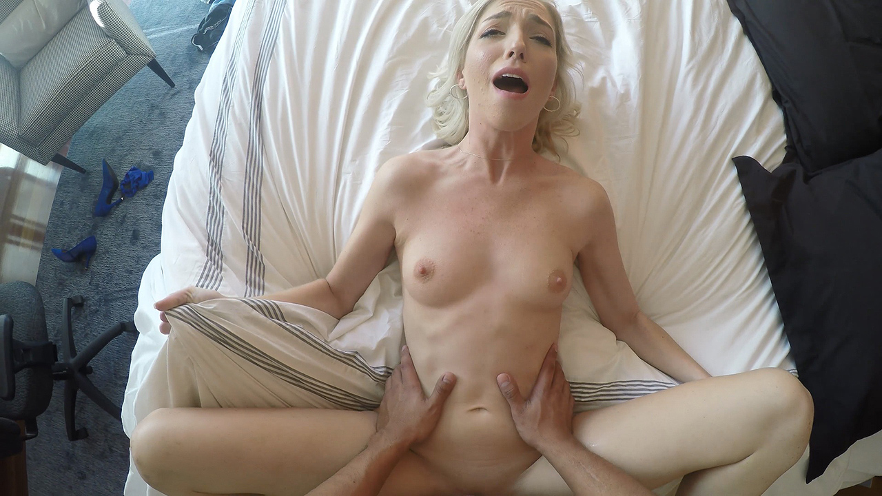 Supreme Pound With A New Blondie